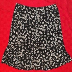 Max Studio Trumpet Stretch Skirt Size S